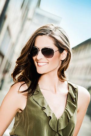 Brýlové čočky Transitions - při silné intenzitě světla